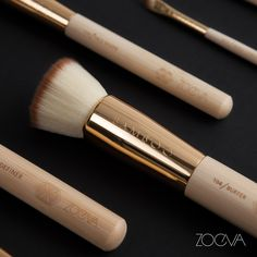 A heart of gold. Everyday gorgeous with our Bamboo Single Brushes Vol. 2. www.zoeva.de