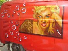 se integro la imagen a la camioneta con sombra y pompas