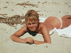 Brigitte Bardot, les dessous d'un sex-symbol