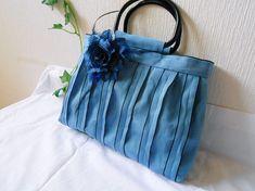 畳のへりのバッグ 青:南の海の色