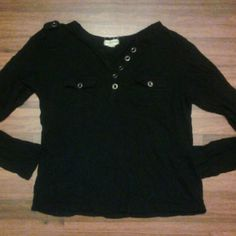 Long sleeve Black long sleeve  Great condition  No flaws  Sz large, fits medium best Tops Tees - Long Sleeve