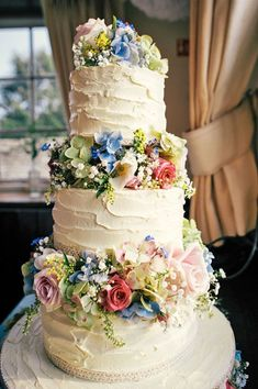 Rustic Wedding Cakes For The Perfect Country Reception ❤ See more: http://www.weddingforward.com/rustic-wedding-cakes/ #weddings #countryweddingcakes #rusticweddingcakes #weddingcakes