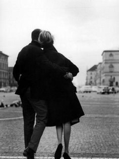 Marriage Advice, Love And Marriage, Marriage Goals, Marriage Relationship, Free Marriage Counseling, Couples Walking, Art Of Manliness, Couple Aesthetic, Romantic Couples