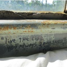 Live the life you always imagined - The Chris McCandless Bus 142 | Stampede Trail