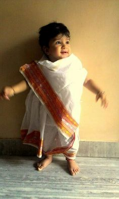 Cute Indian baby. Want one. Thank God India & Sri Lanka allow non-Muslim, non-Hindu American families to adopt.