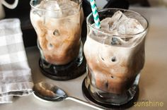This caramel mocha iced coffee concentrate is sweetened with dates, and doesn't require any refined sugar. An energizing afternoon treat!