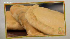συνταγές | MEGA TV ΚΑΝ' ΤΟ ΟΠΩΣ Ο ΑΚΗΣ Bread, Cooking, Ethnic Recipes, Food, Baking Center, Koken, Meals, Breads, Bakeries