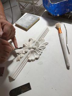 Detalle Decorativo para moldura baqueton en techo.  ITALICA Decoraciones