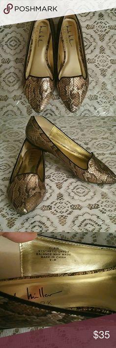 Nicole Miller Loafer Snake Print Flat *LIKE new *Just worn once Nicole Miller Shoes Flats & Loafers