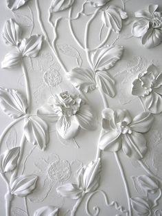 Olefir Zoya is an artist from Ukraine, who focuses on decorative wall works.