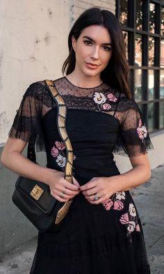 amazign black outfit / floral dress   bag