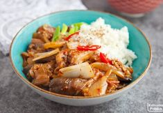 Boczniaki z koreańską kiszonką kimchi. Pełne smaku danie wegańskie Wok, Curry, Kimchi, Cooking, Foods, Diet, Kitchen, Food Food, Curries