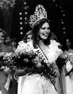 Miss Universo 1976 de Isrrael ....Rina Messinger, 20 años