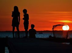 The end of another day in the summer down the shore. Seems a perfect way to end the day with friends. LINK - - http://fineartamerica.com/featured/-perfect-ending-william-bartholomew.html