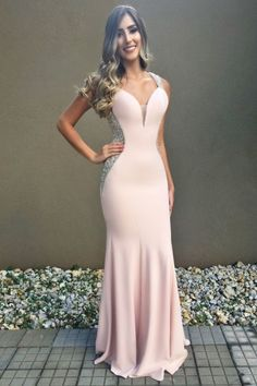 The exclusive wedding gowns,bridesmaid dresses, prom and evening gowns and more can be explored in this one stop boutique. Pretty Dresses, Sexy Dresses, Beautiful Dresses, Vintage Dresses, Prom Dresses, Formal Dresses, Sexy Evening Dress, Evening Dresses, Wedding Gowns