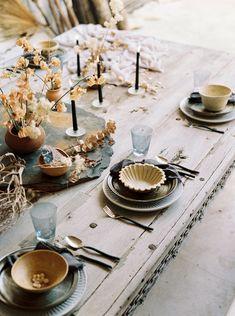 elegant desert tablescape