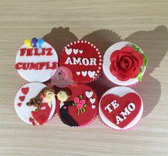 Cupcake de cumpleaños. Cupcake de amor. Cupcake con mensaje. Cupcake pareja. Cupcake con rosa