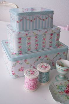 Greengate. Shabby chic dollhouse inspiration!
