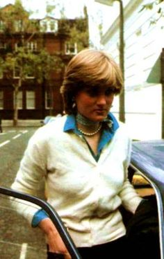 Lady Diana Spencer - Décembre 1980 _ Suite