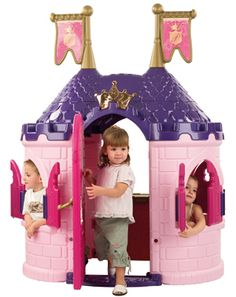If we didn't already have the Wonderland castle set. Id be hunting this down! ... Maybe indoors? Need a bigger house!