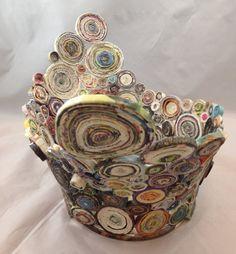 GEFLÜGELTE AUFGESCHOSSENER Papier Korb aus recyceltem von Artesa