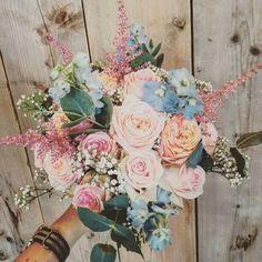 58 vind-ik-leuks, 3 reacties - Bloemen met Liefde (@bloemenmetliefde) op Instagram: 'Weddingtime! #wedding #bloemenmetliefde #flowers #love #trouwen #bruiloft #boeket #bruidsboeket…'