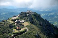 Conheça um dos mais lindos lugares do mundo, o Santuário da Serra da Piedade em Caeté/MG | Conheça Minas