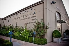 Dean & Deluca. Been the the one in Napa, and I love.