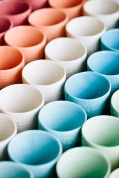 Beautiful handmade porcelain in gorgeous colors | 79 Ideas