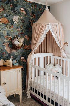 Inspiration from Instagram - Julie @cleverpoppy - pastel girls room ideas, pink and grey girls room design, kidsroom decor, girls kidsroom, powder, nursery, nursery decor ideas