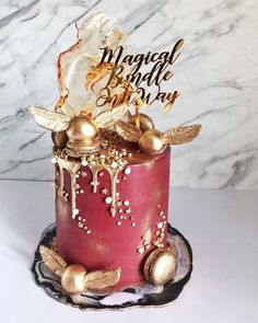 Game of Quidditch, anyone? Obvi everyone guessed right to what cake I was making in my stories 😆 It is indeed a Harry Potter cake! Baby Harry Potter, Harry Potter Thema, Harry Potter Baby Shower, Harry Potter Food, Harry Potter Wedding, Harry Potter Cakes, Harry Potter Theme Cake, Harry Potter Desserts, Gateau Harry Potter