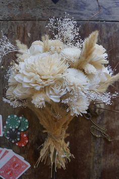 Best Picture For Flowers Bouquet gift For Your Taste You are looking for something, and it is going Wood Flower Bouquet, Sola Flowers, Bridal Flowers, Flower Bouquet Wedding, Dried Flowers, Flower Bouquets, Bride Bouquets, Bridesmaid Bouquet, Bridesmaid Proposal