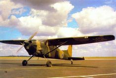 Privately run, unofficial website on the South African Air Force. All suggestions are welcome - Dean Wingrin South African Air Force, Korean War, Military Aircraft, Airplanes, Fighter Jets, Memories, Planes, Plane, Aircraft