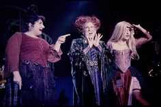 """Last week, news broke just in time for Halloween that a new """"Hocus Pocus"""" film is in the works. Now, Bette Midler, Sarah Jessica Parker and Kathy Najimy are talking about the project. Película Hocus Pocus, Hocus Pocus 1993, Hocus Pocus Movie, Best Halloween Movies, Halloween Season, Halloween Costumes, Halloween Ideas, Halloween 2018, Halloween Halloween"""