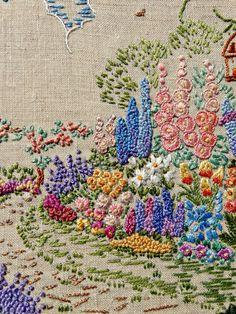 A Saucy Stitch: A Vintage Embroidered Garden