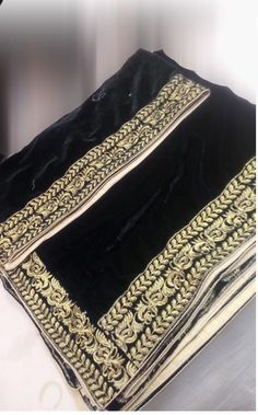 Velvet Shawl, Pakistani Dresses, Shawls, Blouse Designs, Ready To Wear, Wedding Dress, Embroidery, Winter, Clothes