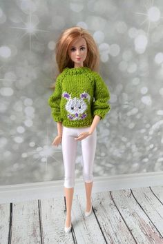 Handmade clothes for Barbie dolls.  Hand-knitted sweater bright apple green sweater and white leggings for Barbie dolls  #barbie #barbieclothes #barbiedoll