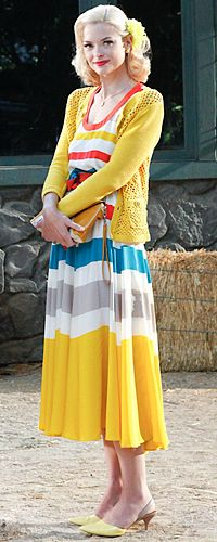 Hart of Dixie's Fashion: Lemon Breeland (Jaime King) wears a Marc by Marc Jacobs dress, Tory Burch sweater and Sam Edelman shoes.