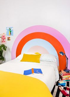 Paint on a wall as a headboard? Cheap and easy! And make it rainbow? DIY rainbow headboard tutorial on Lars today! Plywood Headboard, Painted Headboard, Diy Headboards, Headboard Ideas, Headboard Designs, Diy Interior, Interior Design, Blush Pink Comforter, Reclaimed Doors
