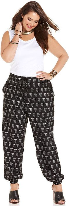 Stevie and Lindsay Plus Size Printed Jogger Pants/ White tee