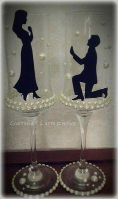 Taças para hora do brinde dos noivos