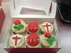 St George ' s day cupcakes