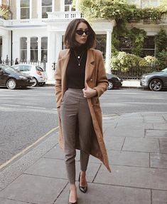 Look inverno street style comfortable chic in 2019 минималис Simple Work Outfits, Classy Outfits, Trendy Outfits, Fall Outfits, Fashion Outfits, Fashion Trends, Womens Fashion, Formal Winter Outfits, Simple Winter Outfits
