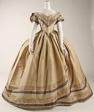Civil War Ball Gowns For Sale | Ooh, I love that box pleated trim! 1860–64 British silk dress