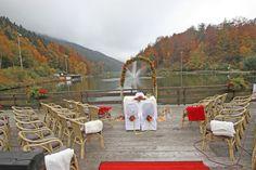 Trauung im Oktober auf der See-Terrasse am Riessersee in Garmisch-Partenkirchen - Wedding venue in Garmisch, Germany