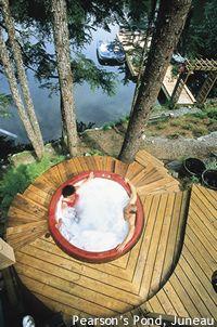 Alaska Bride & Groom | Articles | Alaska honeymoons are for lovers