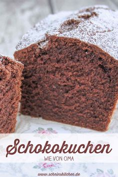 Chocolate cake like from grandma-Schokokuchen wie von Oma Classic chocolate cake – simply and simply delicious. Vanilla, cocoa & powdered sugar, no frills, baked quickly. A grandma recipe. Easy Cake Recipes, Baking Recipes, Dessert Recipes, Yogurt Recipes, Chocolate Recipes, Chocolate Cake, Delicious Chocolate, Banana Split, Food Cakes
