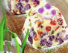 Easter is coming and this year celebration day is April Here is good recipe for real cottage cheese pascha: Ingredients:. Easter Recipes, Egg Recipes, Great Recipes, Favorite Recipes, Easter 2015, Good Food, Yummy Food, Ice Cream Pies, Easter Eggs