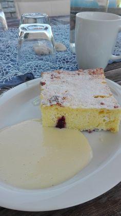 Heidelbeer - Topfen - Grießauflauf (Rezept mit Bild)   Chefkoch.de Cheesecake, Food And Drink, Cooking, Desserts, Sweet Cakes, Breads, Kaiserschmarrn, Kitchen, Tailgate Desserts
