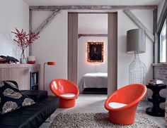 A loft in Paris? Filled with very cool furniture? Images via The Style Files (original source images by Nicolas Matheus/via Cote Maison) My Living Room, Living Area, Living Spaces, Small Space Design, Small Spaces, Deco Salon Design, Paris Loft, Small Loft, Interior Styling